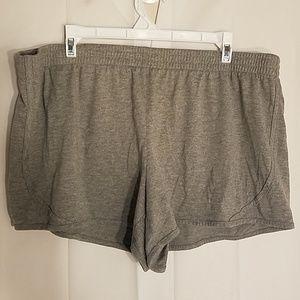 Danskin Now Size XXL(20) shorts. A0157